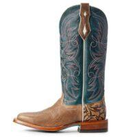 blue boot 2